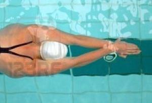streamline-girl-in-water